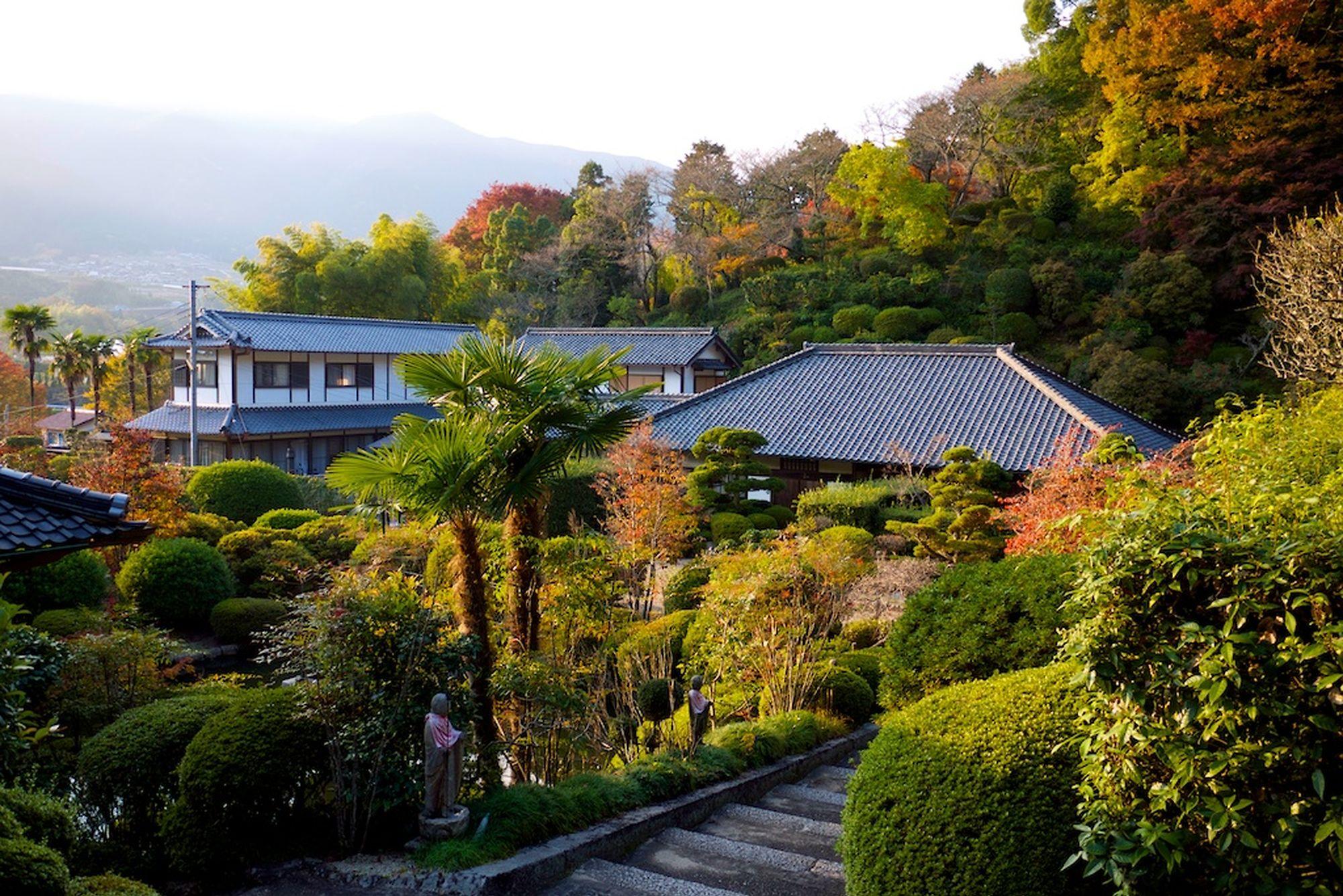 monks garden nara2
