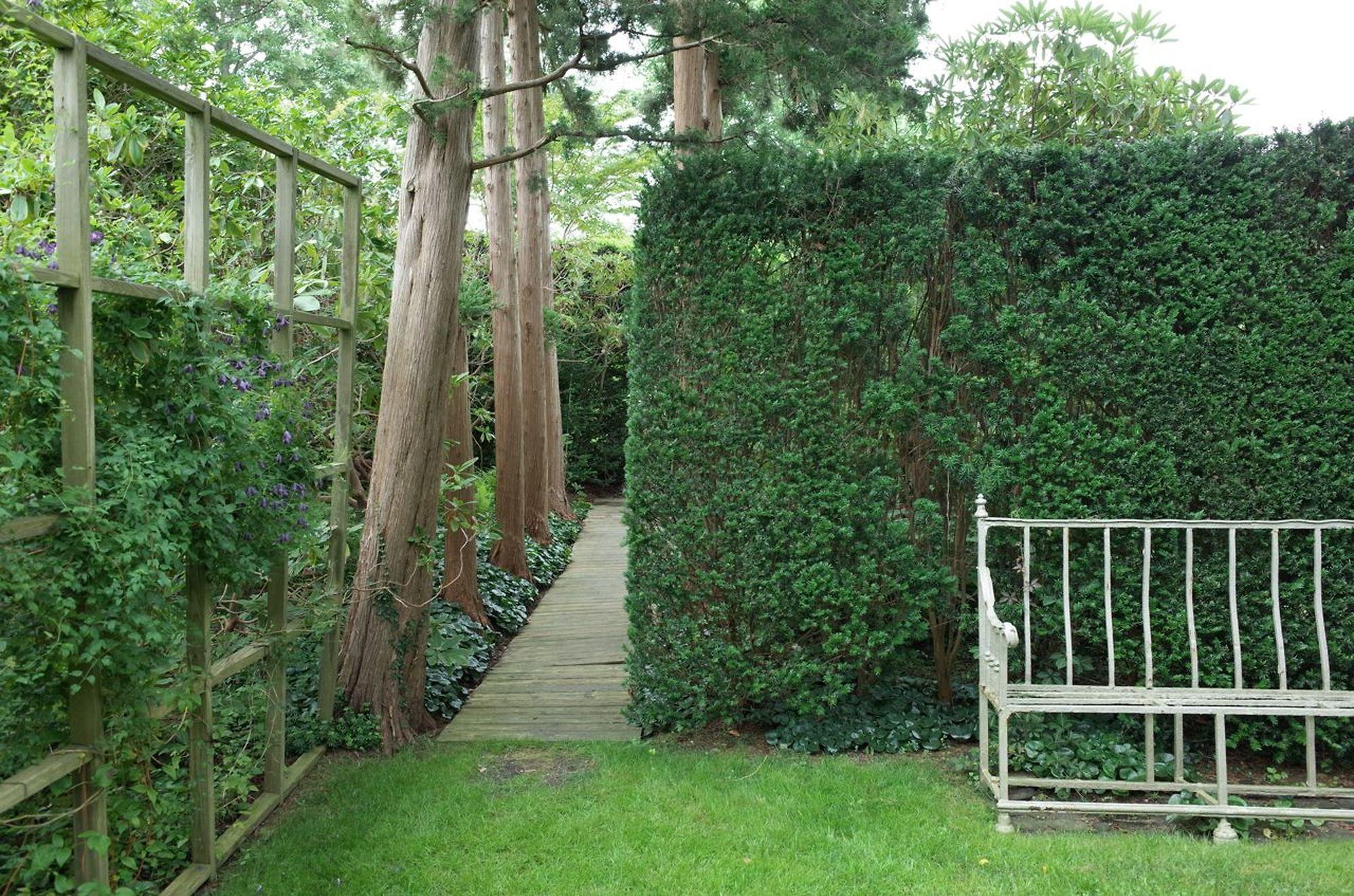 Sakonnet Garden 1