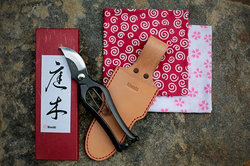 New Sentei Secateurs from Niwaki